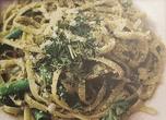 """Лингуине с домашно приготвено песто (босилек, кедрови ядки, чесън, италиански зехтин """"EVO"""" и пармезан)"""