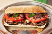 МИЙТЛЕС ----- печен патладжан, домат, маслини Каламата, маслинова паста, прясна мента, зехтин,  панини хляб