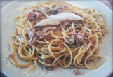 Спагети с тосканска наденица, манатарки и сметана (ако искате прясна паста, цената ще бъде + 2 лв. Моля отбележете в коментар към поръчката)